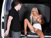Sex u autu